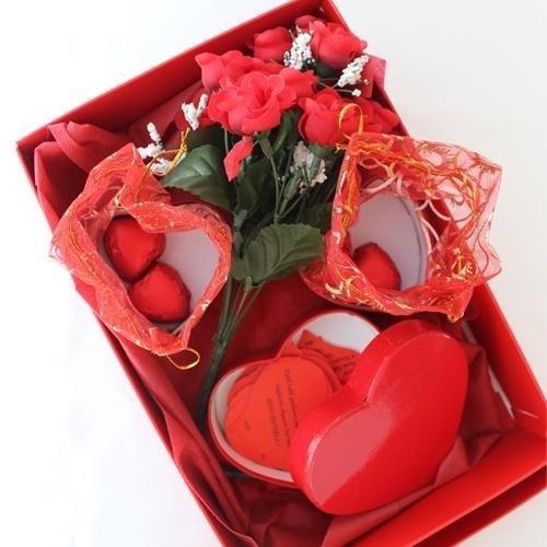 Sevgi Kutusu Hediye Sepeti