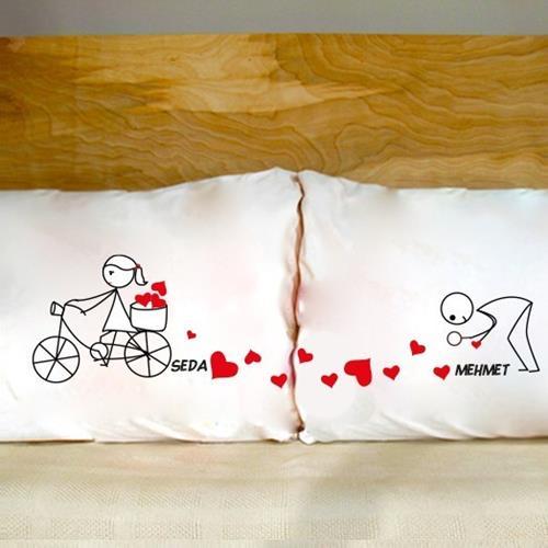 Sevgililere Özel Çöp Adam Yastıkları